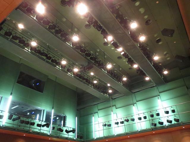 国立オリンピック記念センター